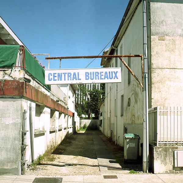 Central Bureaux (chromogenic, 20