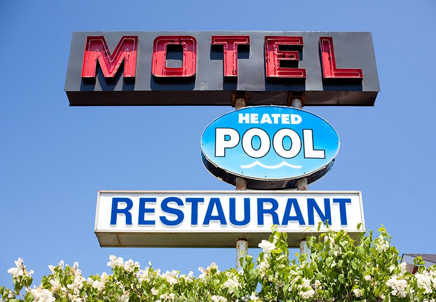 Random - Motel